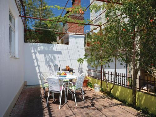 Apartment Podstrana 1