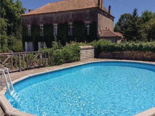 Two-Bedroom Holiday Home in Feuillade