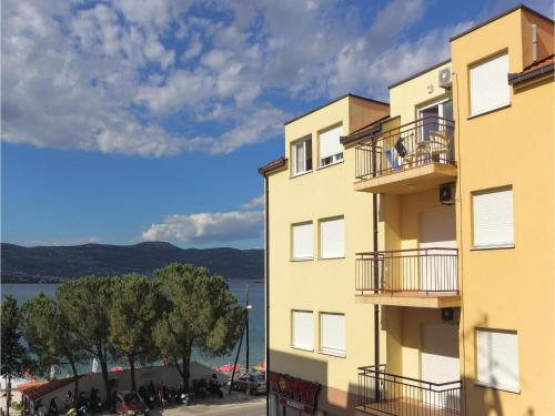 Apartment Arbanija with Sea View I
