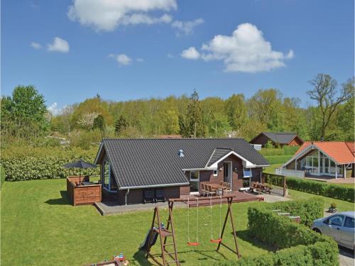 Holiday home Pøt Strandby Juelsminde W