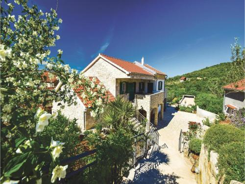 Four-Bedroom Holiday home with Sea View in Sibenik