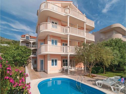 Apartment Zatoglav with Sea View 07