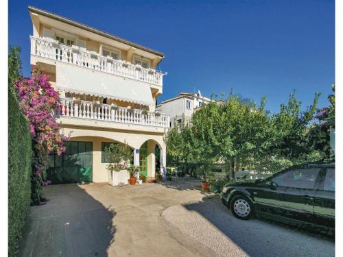 Apartment Tribunj with Sea View 04