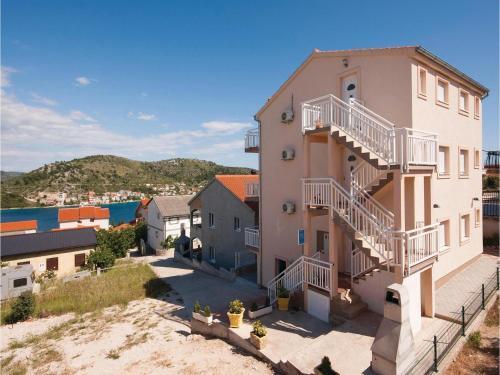 Apartment Rogoznica with Sea View 01