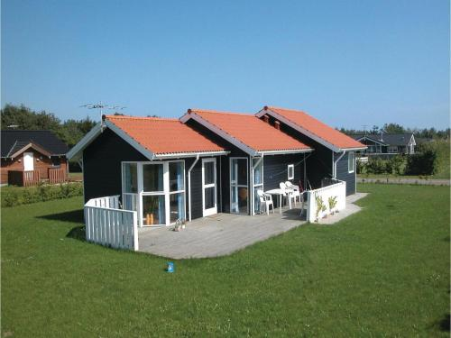Holiday home Pøt Strandby ks Denmk, Sønderby