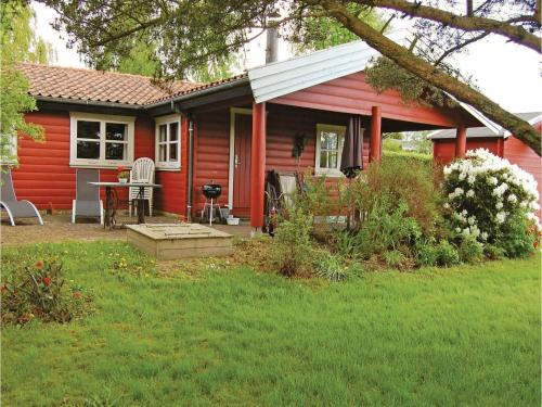 Holiday home Pøt Strandby V