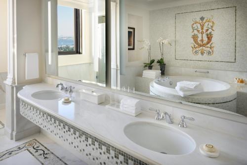 Palazzo Versace Dubai photo 30