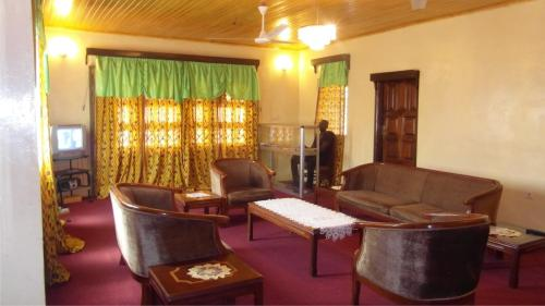 Adinkra Lodge