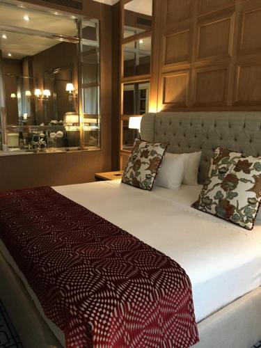 Suite Deluxe Hotel Rector 1