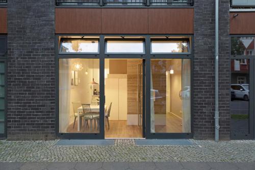 Modern Design Apartment photo 13