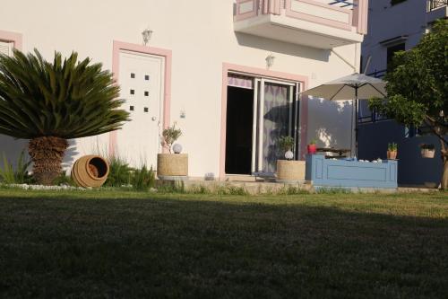 Blue House Kalamaki