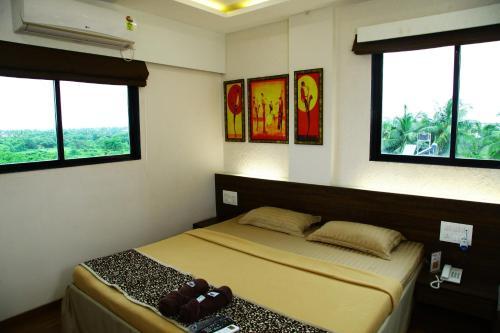 Hotel Maratha Residency