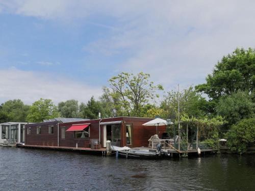 Holiday home Waterpas, Haarlem