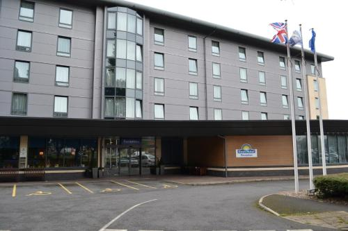 Photo of Travelodge Derby Cricket Ground Hotel Bed and Breakfast Accommodation in Derby Derbyshire
