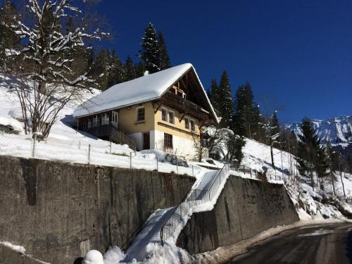 77 Year Old Swiss Chalet between Interlaken and Lucerne