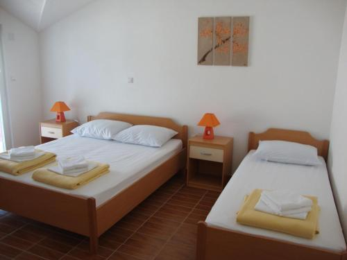 Apartments Marinovic Bacina Lakes