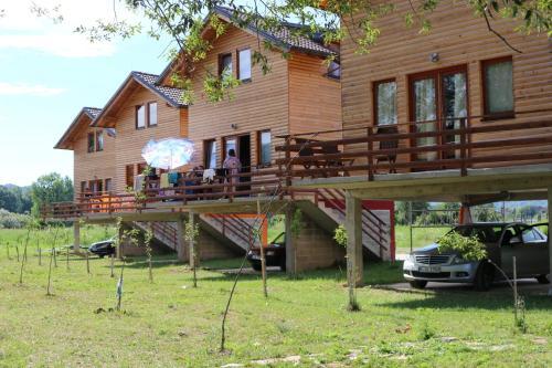 Holiday homes Piralo