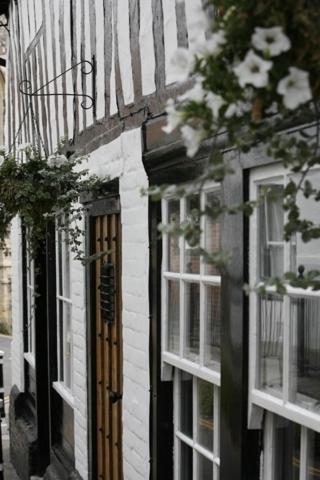 Swan House,Hastings