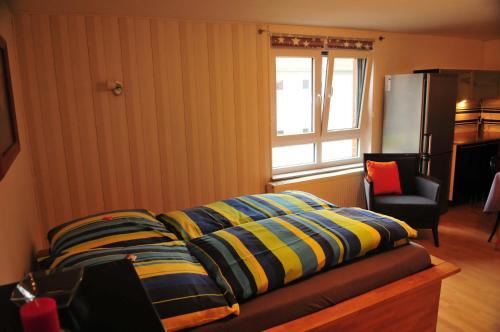 Matratzenlager  Ambergauer Matratzenlager, Holle | BedroomVillas.com