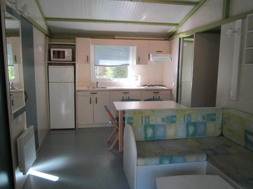 Three-Bedroom Chalet Dimanche (6 Persons)