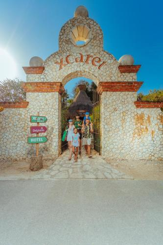 Deluxe Unlimited Xcaret Experience (1 Adults)