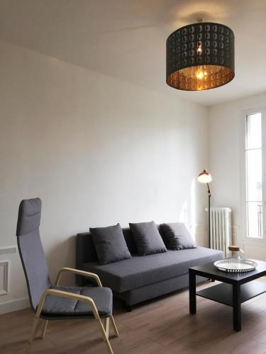Family 2 bedrooms refurbished in Art Deco style - 2