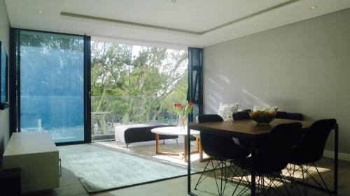 Stylish Green Point 1Bed