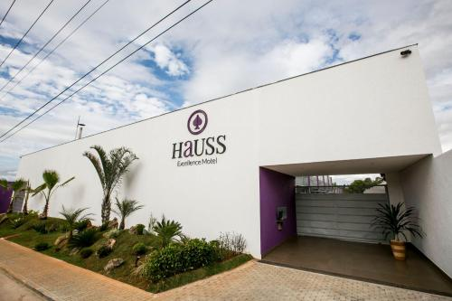 Hauss Excellence Motel