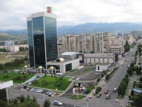 Уютная 3-комн. квартира Самал-2, 52, Almaty
