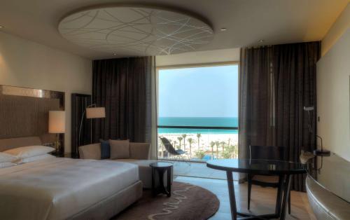 Park Hyatt Abu Dhabi Hotel and Villas photo 6