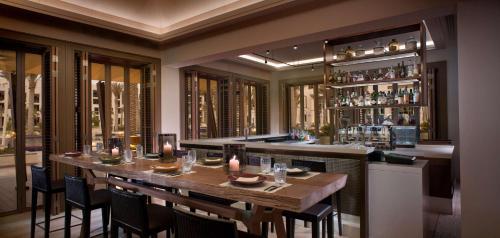 Park Hyatt Abu Dhabi Hotel and Villas photo 54