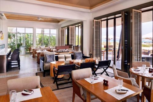 Park Hyatt Abu Dhabi Hotel and Villas photo 9