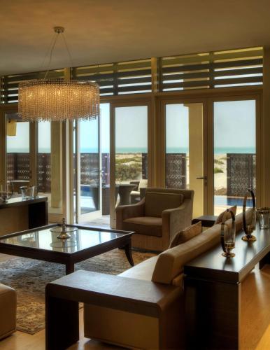 Park Hyatt Abu Dhabi Hotel and Villas photo 66