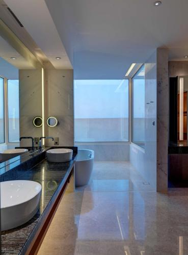 Park Hyatt Abu Dhabi Hotel and Villas photo 77