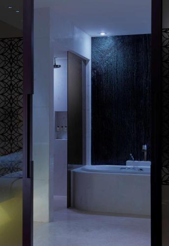 Park Hyatt Abu Dhabi Hotel and Villas photo 78