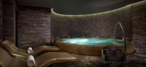 Park Hyatt Abu Dhabi Hotel and Villas photo 84