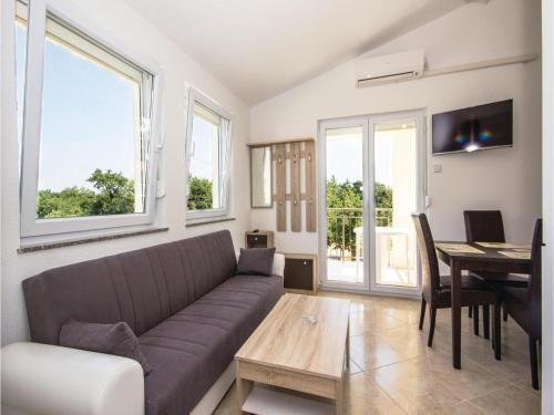 Apartment Segotici 09