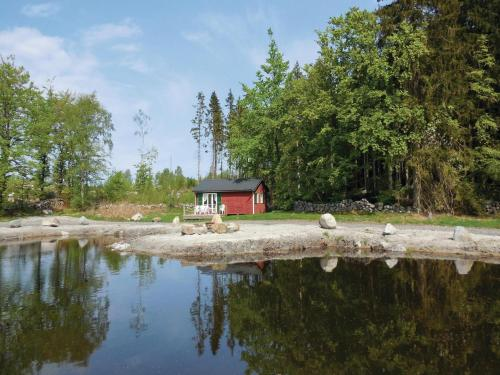 Two-Bedroom Holiday home Pinneboda 09
