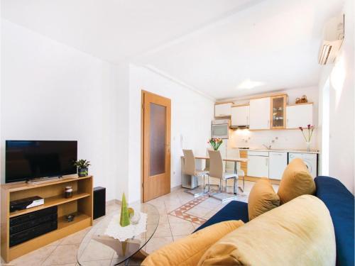 Apartment Paladiova I