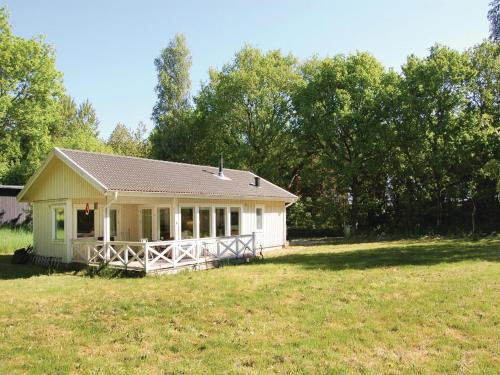 Three-Bedroom Holiday Home in Garsnas