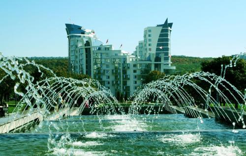 Coliseum Palace apartments, Chişinău