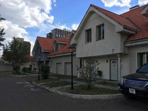 T house, 乌兰巴托