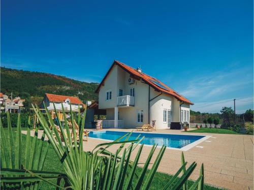 Holiday home Cista Velika 10
