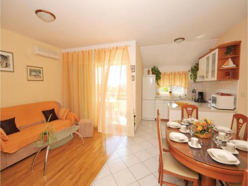 Apartment Trogir 9