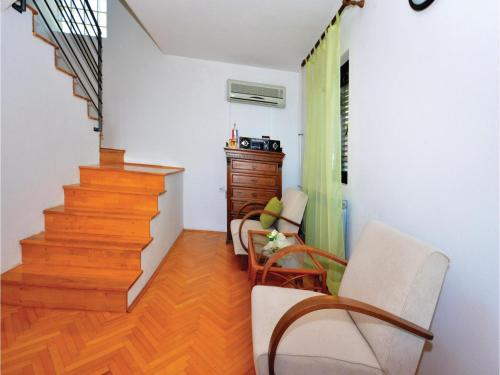 Apartment Kastel Gomilica 7