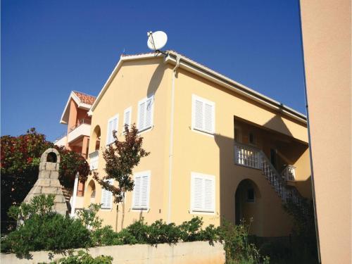 Apartment Srima Srima II