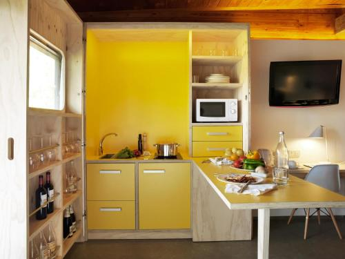 Junior Suite with Terrace - single occupancy Mont-Sant 2