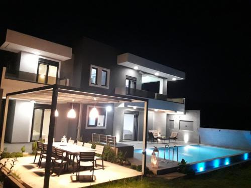 The Residence****  in Ixia (Trianda)