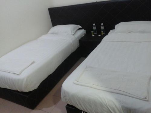 Qq Hotel