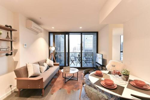 Book Melbourne holiday apartments